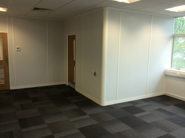 Bifold Offices - Partitioning and Flooring